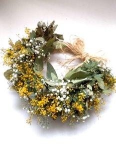 mimosa_wreath